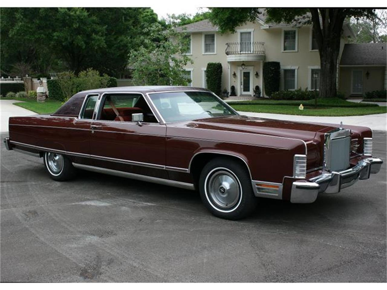 Large Picture of '77 Lincoln Town Coupe - $19,500.00 - B150