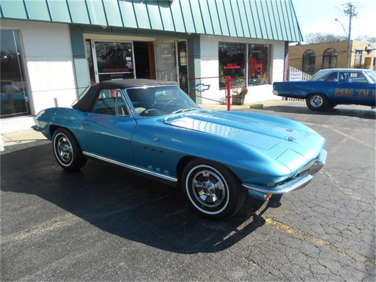 Large Picture of 1966 Chevrolet Corvette located in Downers Grove Illinois Offered by D & M Corvette Specialists LTD - B2SE