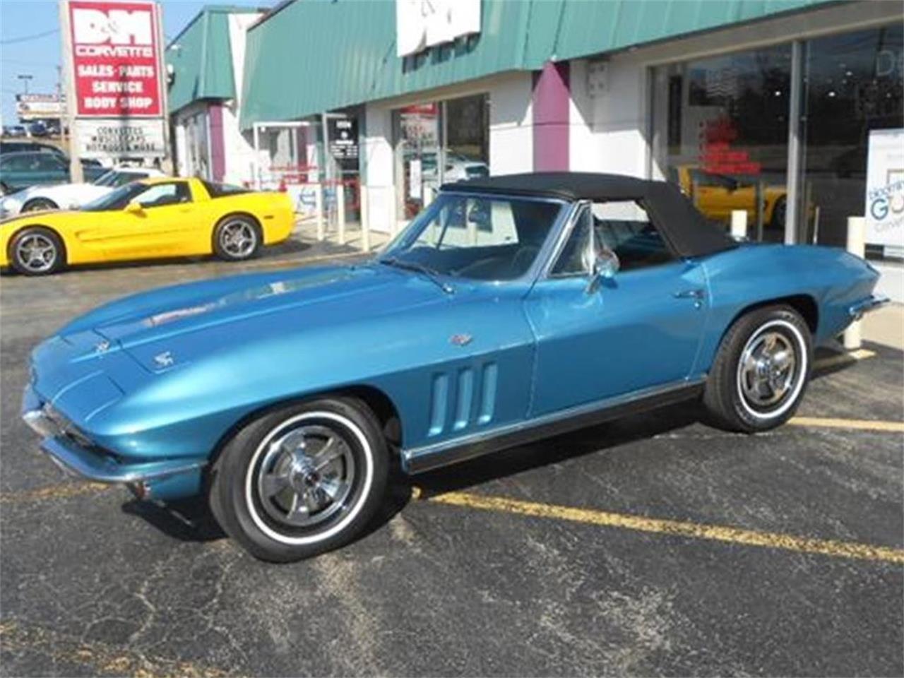 Large Picture of '66 Corvette - B2SE