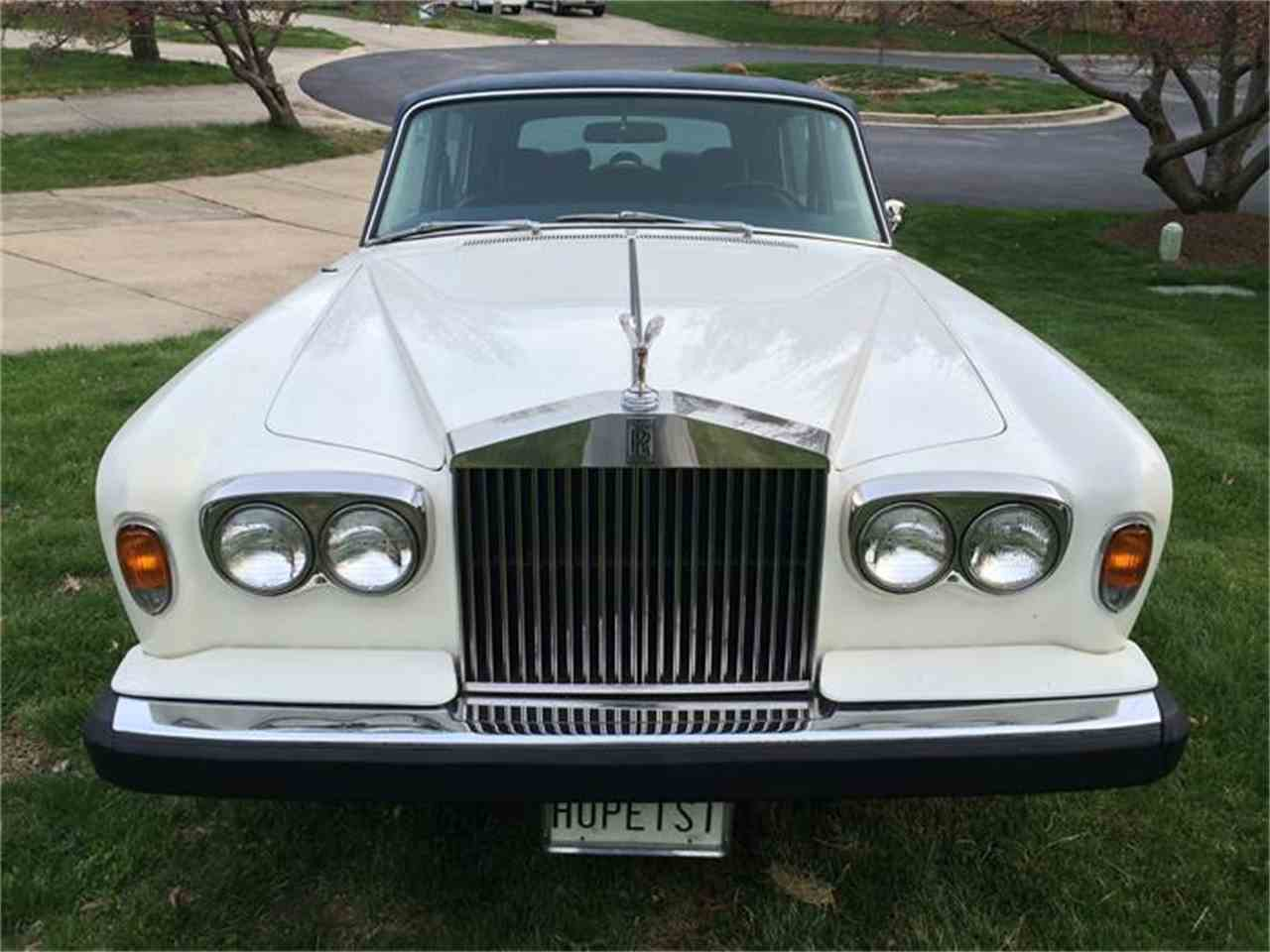 Large Picture of '74 Silver Shadow II - B50C