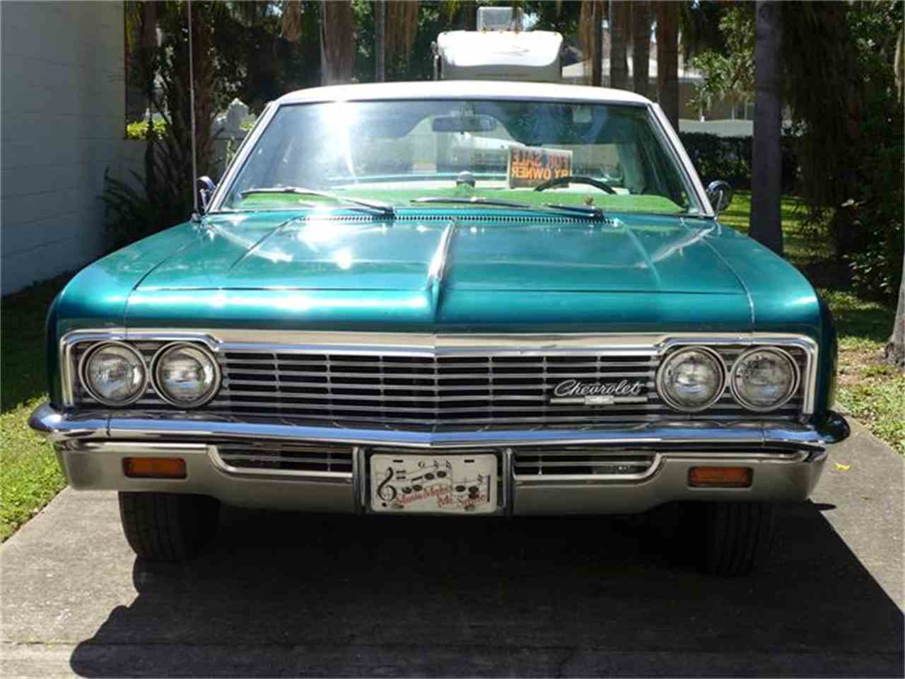 Large Picture of '66 Impala - B878