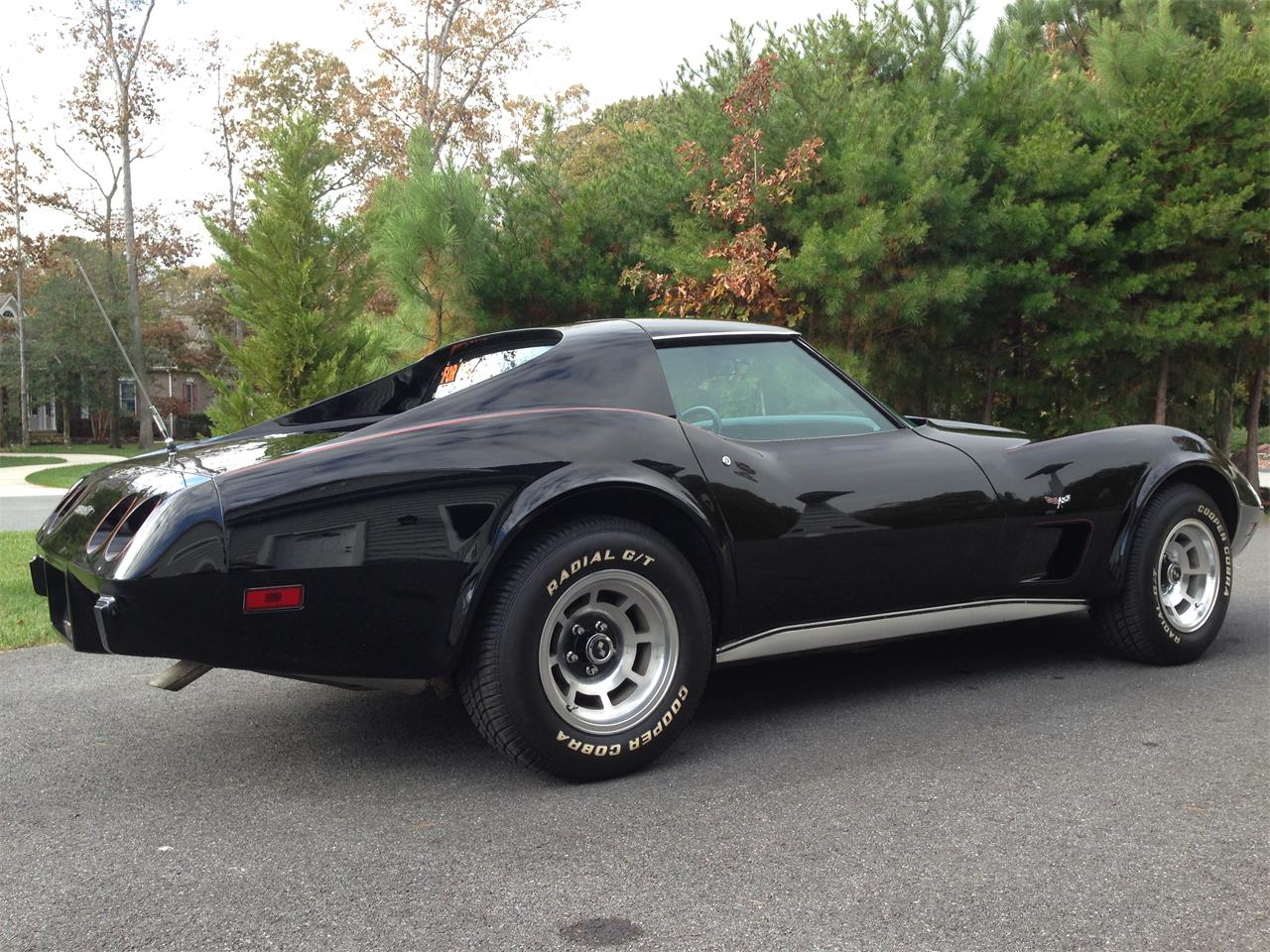 Large Picture of '77 Chevrolet Corvette located in Delaware - BRRC