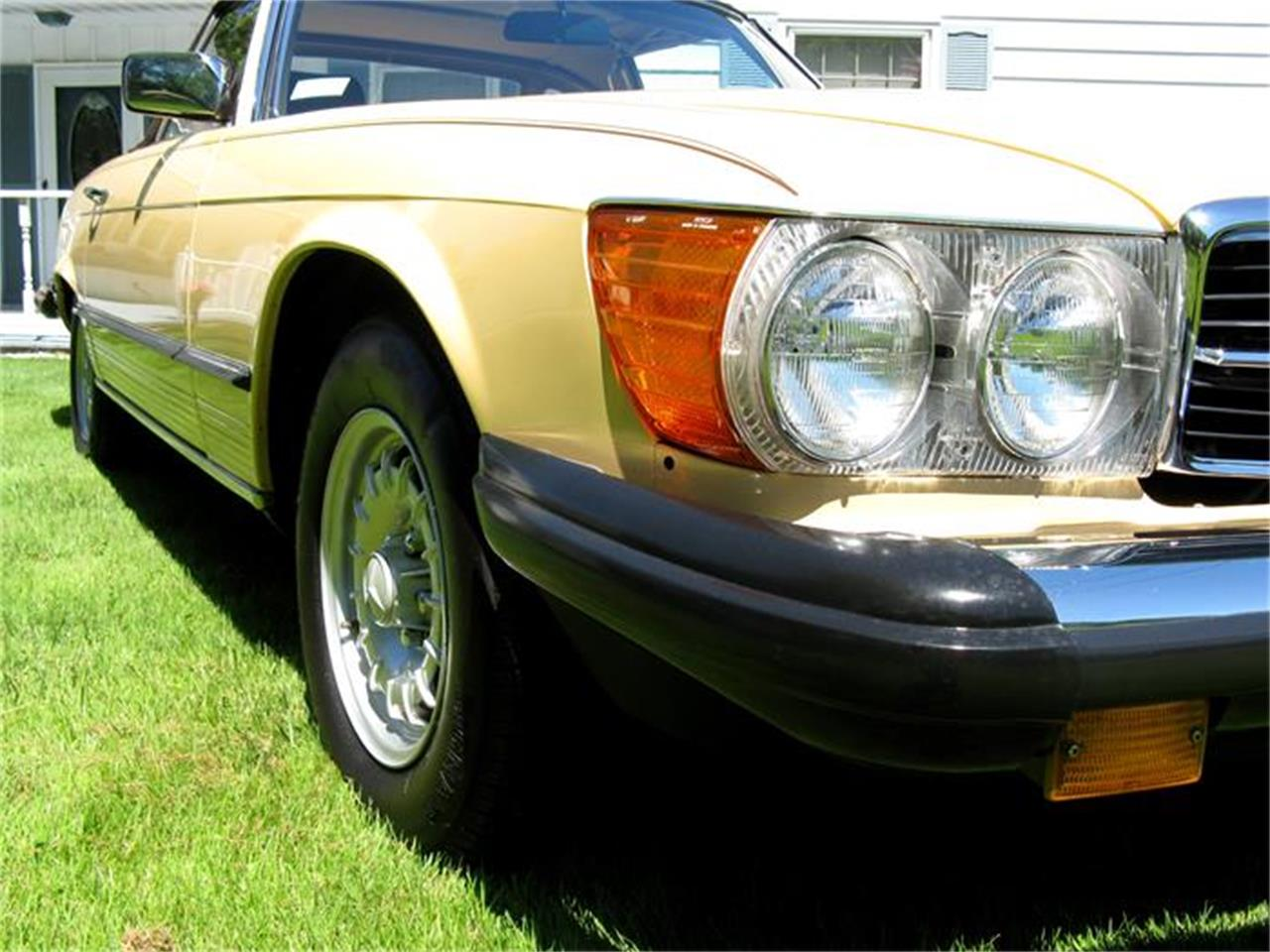Large Picture of 1982 Mercedes-Benz 380SL located in Ohio - $29,900.00 - BS6W