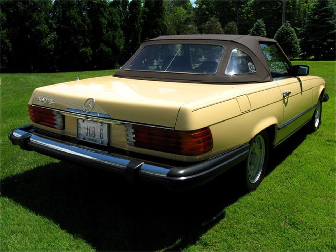 Large Picture of 1982 Mercedes-Benz 380SL located in Shaker Heights Ohio - $29,900.00 - BS6W