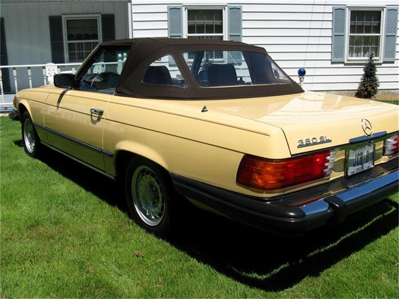 Large Picture of 1982 Mercedes-Benz 380SL located in Shaker Heights Ohio - $29,900.00 Offered by Affordable Classic Motorcars - BS6W