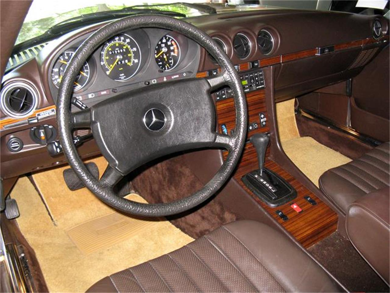 Large Picture of 1982 380SL located in Shaker Heights Ohio - $29,900.00 - BS6W