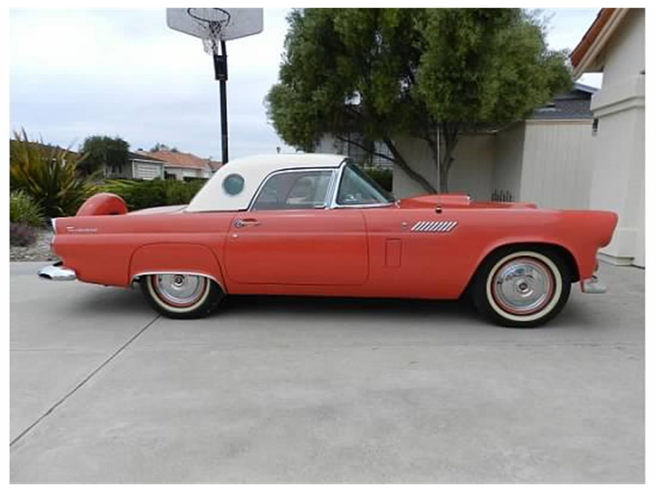 Large Picture of '56 Thunderbird - C1JY