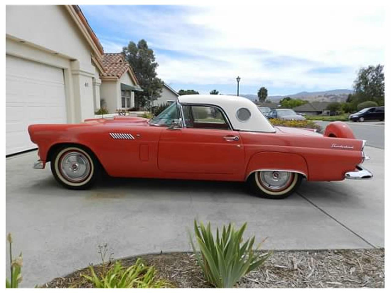 Large Picture of 1956 Thunderbird located in Hollister California - C1JY