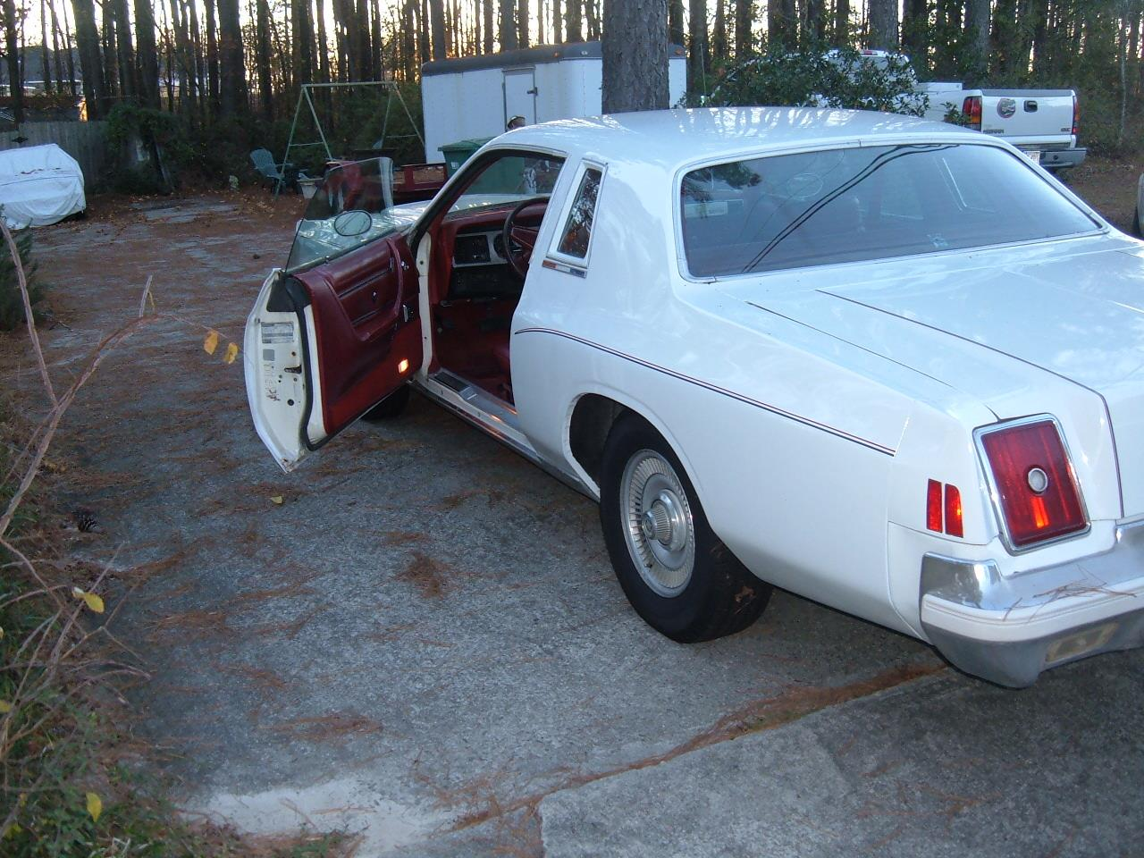 Large Picture of 1979 Chrysler 300 located in Grovetown Georgia - $4,500.00 Offered by a Private Seller - C2IN