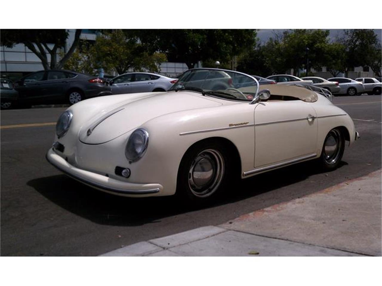 Large Picture of '57 Speedster Offered by Beverly Hills Motor Cars - C39J