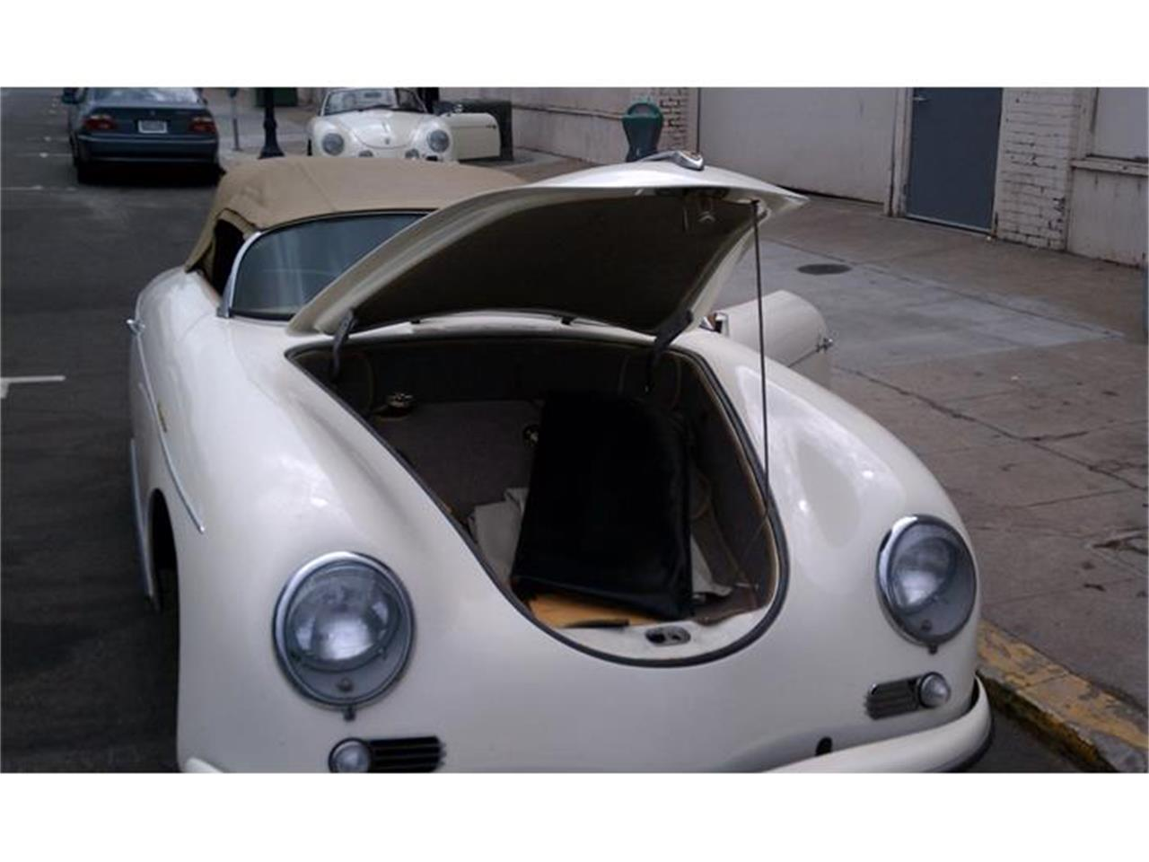 Large Picture of Classic '57 Porsche Speedster Auction Vehicle Offered by Beverly Hills Motor Cars - C39J