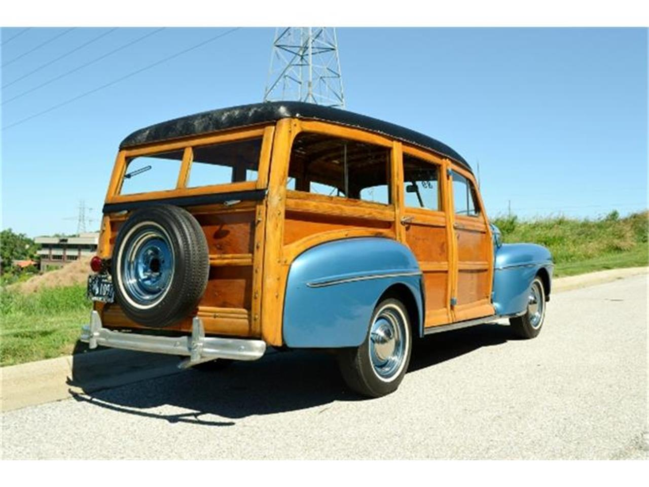 Large Picture of Classic 1947 Woody Wagon located in Omaha Nebraska - $69,900.00 Offered by Classic Auto Sales - C3DL