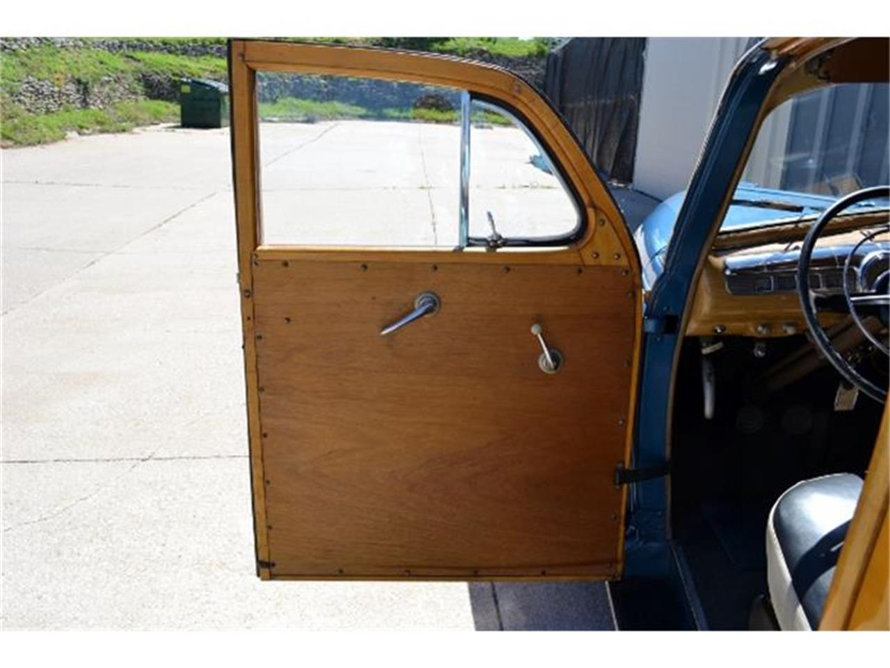 Large Picture of '47 Ford Woody Wagon - C3DL