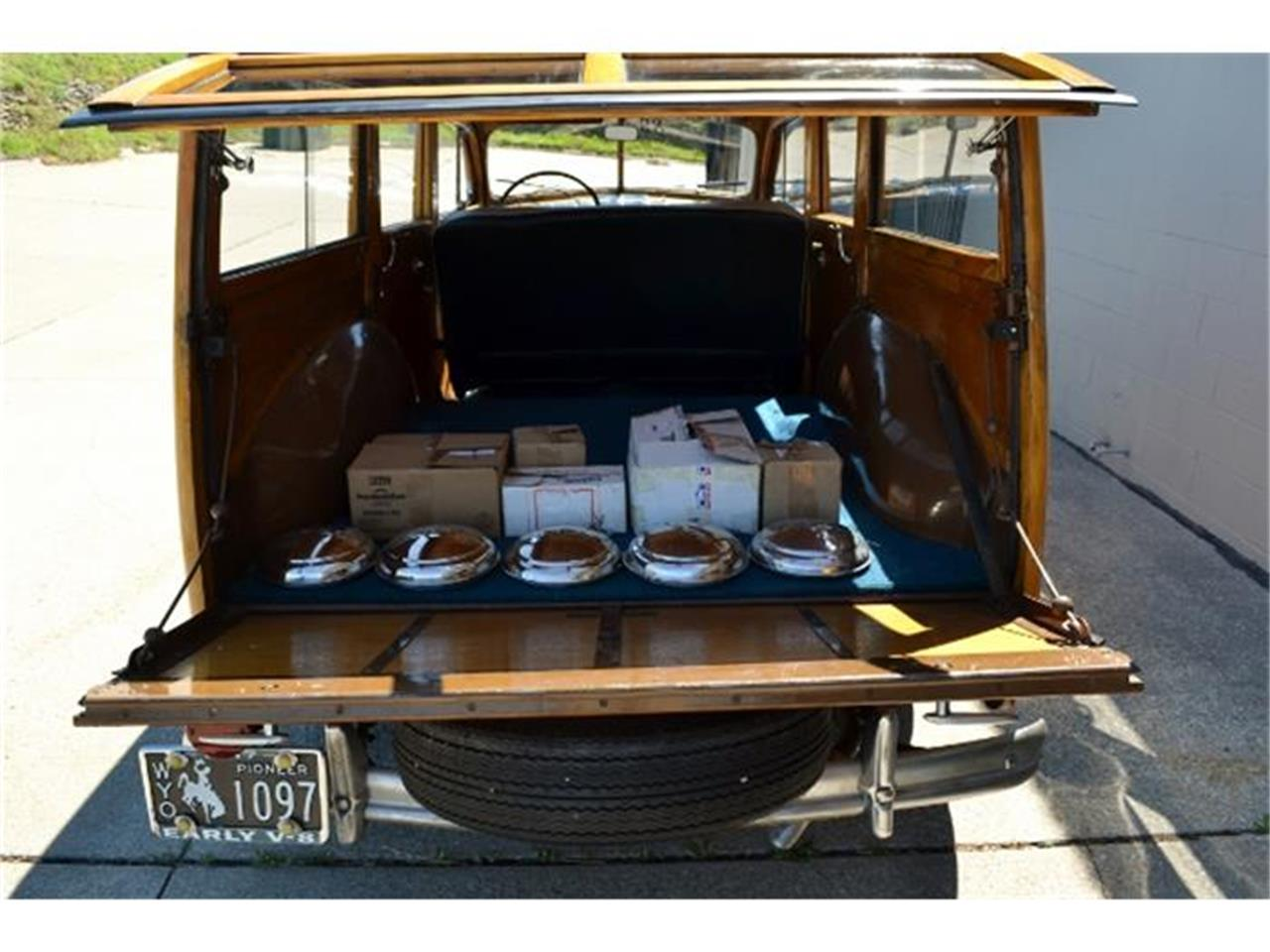 Large Picture of Classic 1947 Woody Wagon - C3DL