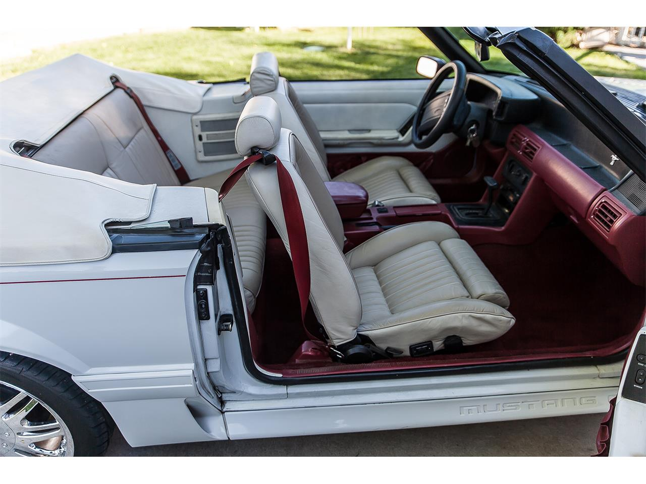 Large Picture of 1990 Ford Mustang GT - $11,500.00 - C49X