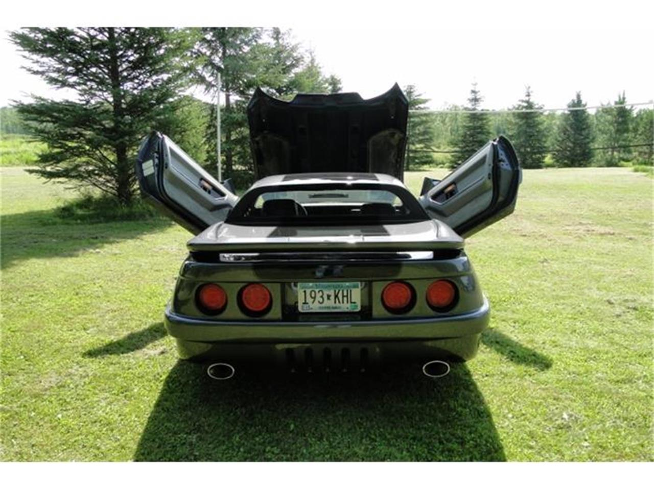Large Picture of 1986 Chevrolet Corvette located in Minnesota - C4MG