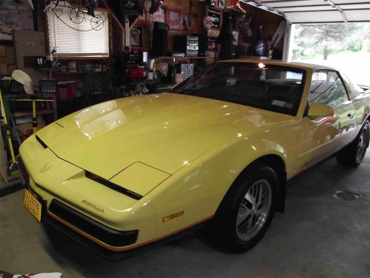Large Picture of 1987 Pontiac Firebird Formula - $14,000.00 - C5ZN
