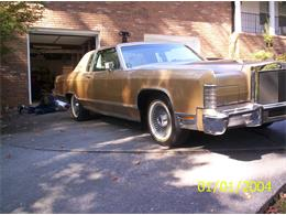 Picture of '79 Town Car located in Cobb County Georgia - C6IM