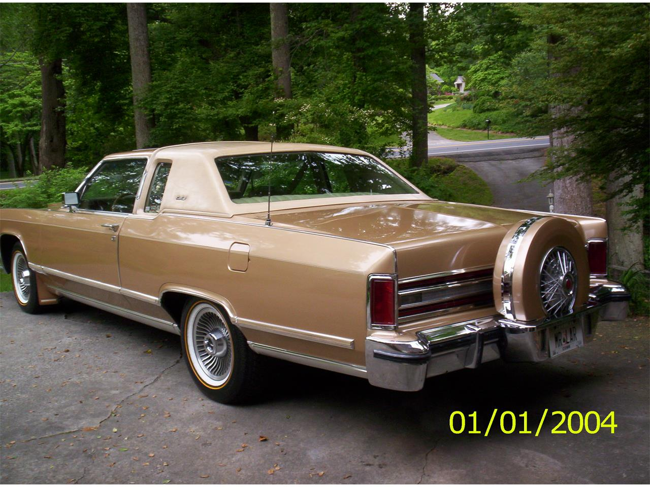 Large Picture of '79 Town Car located in Cobb County Georgia Offered by a Private Seller - C6IM