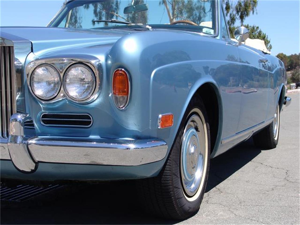 Large Picture of '72 Corniche - CB67