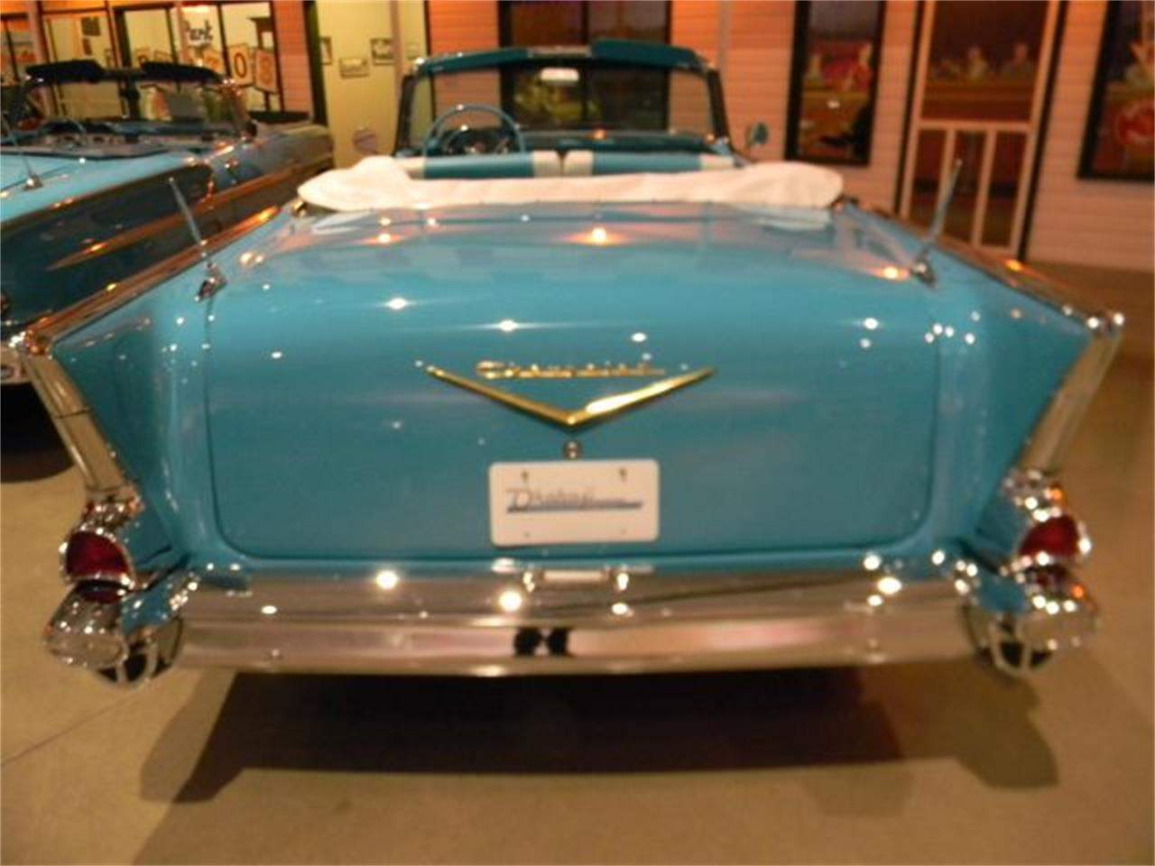 Large Picture of '57 Bel Air - CN1T