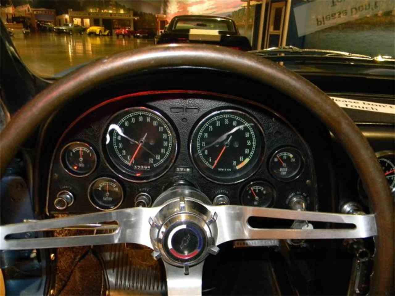 Large Picture of '66 Corvette - CN2T
