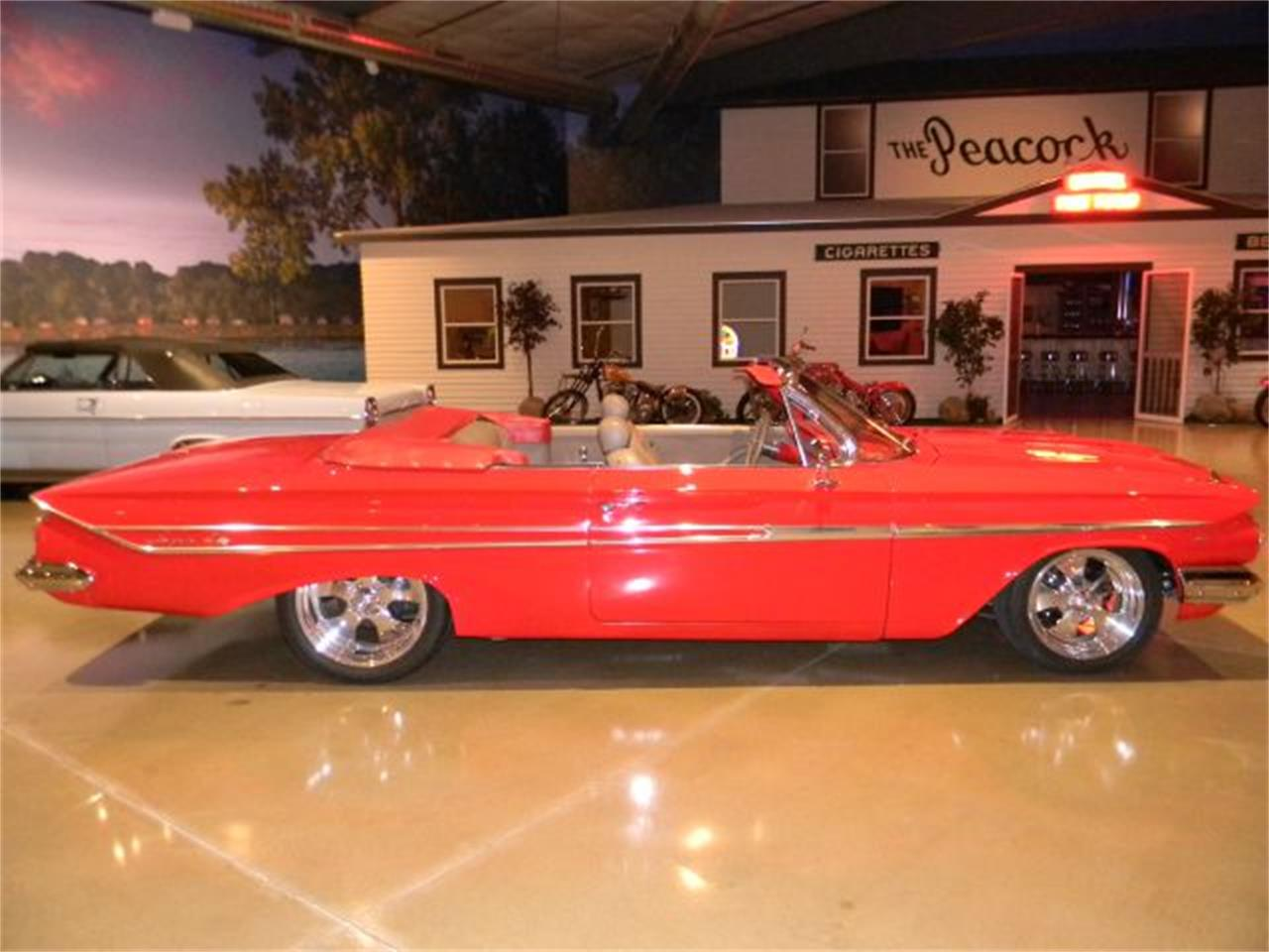 Large Picture of 1961 Impala Offered by Okoboji Classic Cars LLC  - CN38