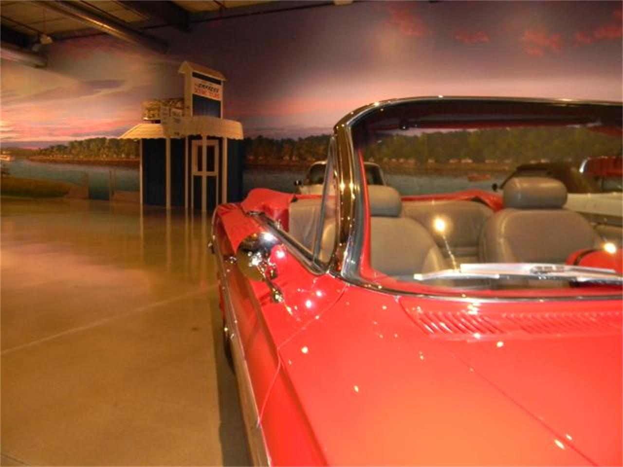 Large Picture of Classic 1961 Impala Offered by Okoboji Classic Cars LLC  - CN38