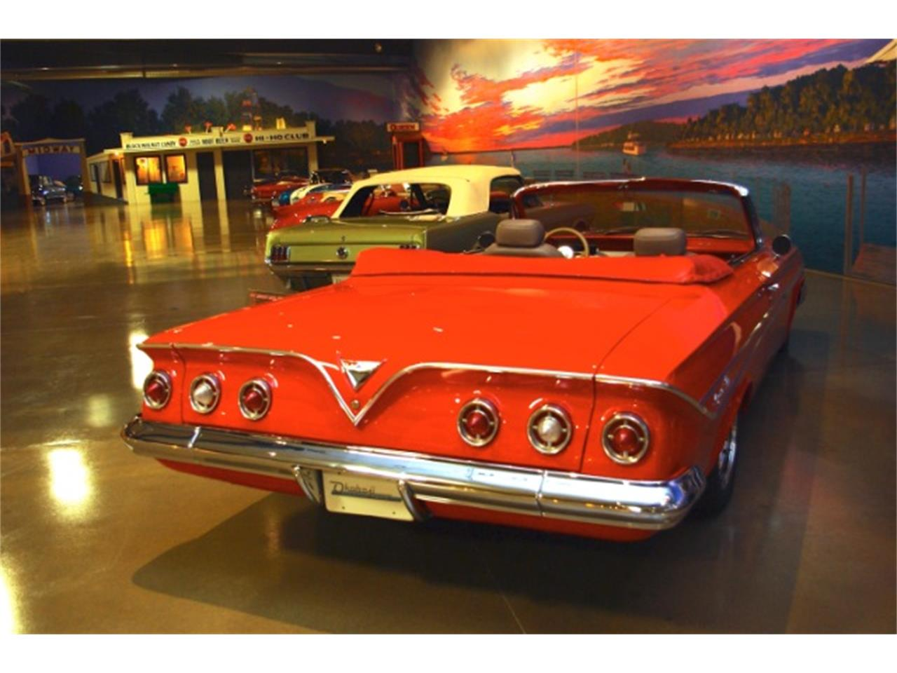 Large Picture of '61 Chevrolet Impala - CN38