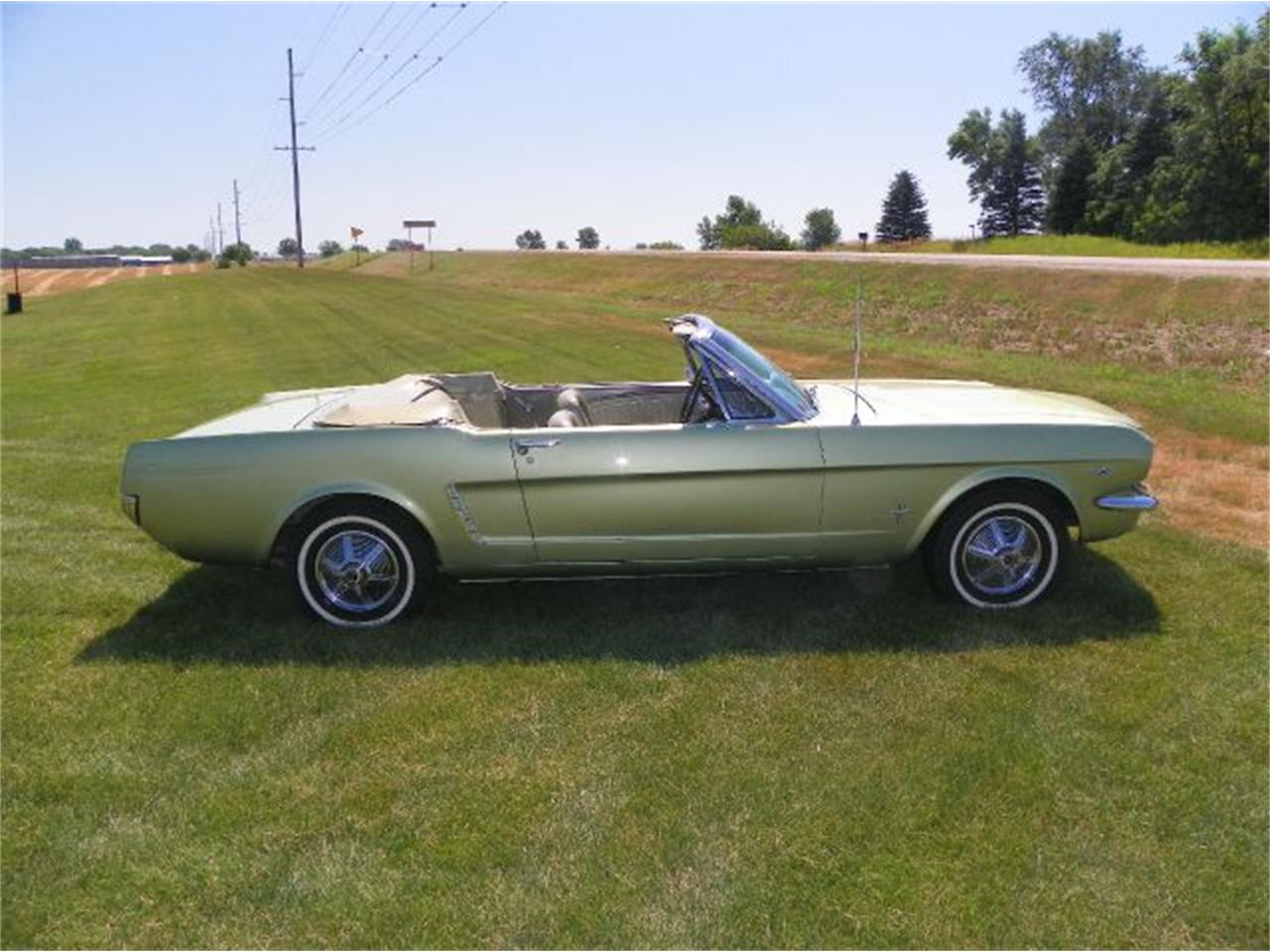 Large Picture of 1965 Mustang Offered by Okoboji Classic Cars LLC  - CN3B