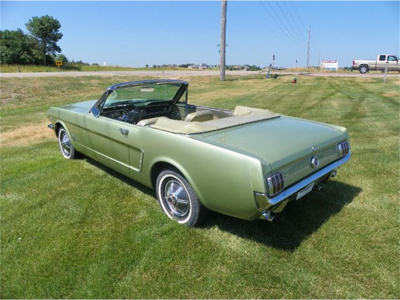 Large Picture of Classic 1965 Ford Mustang - CN3B