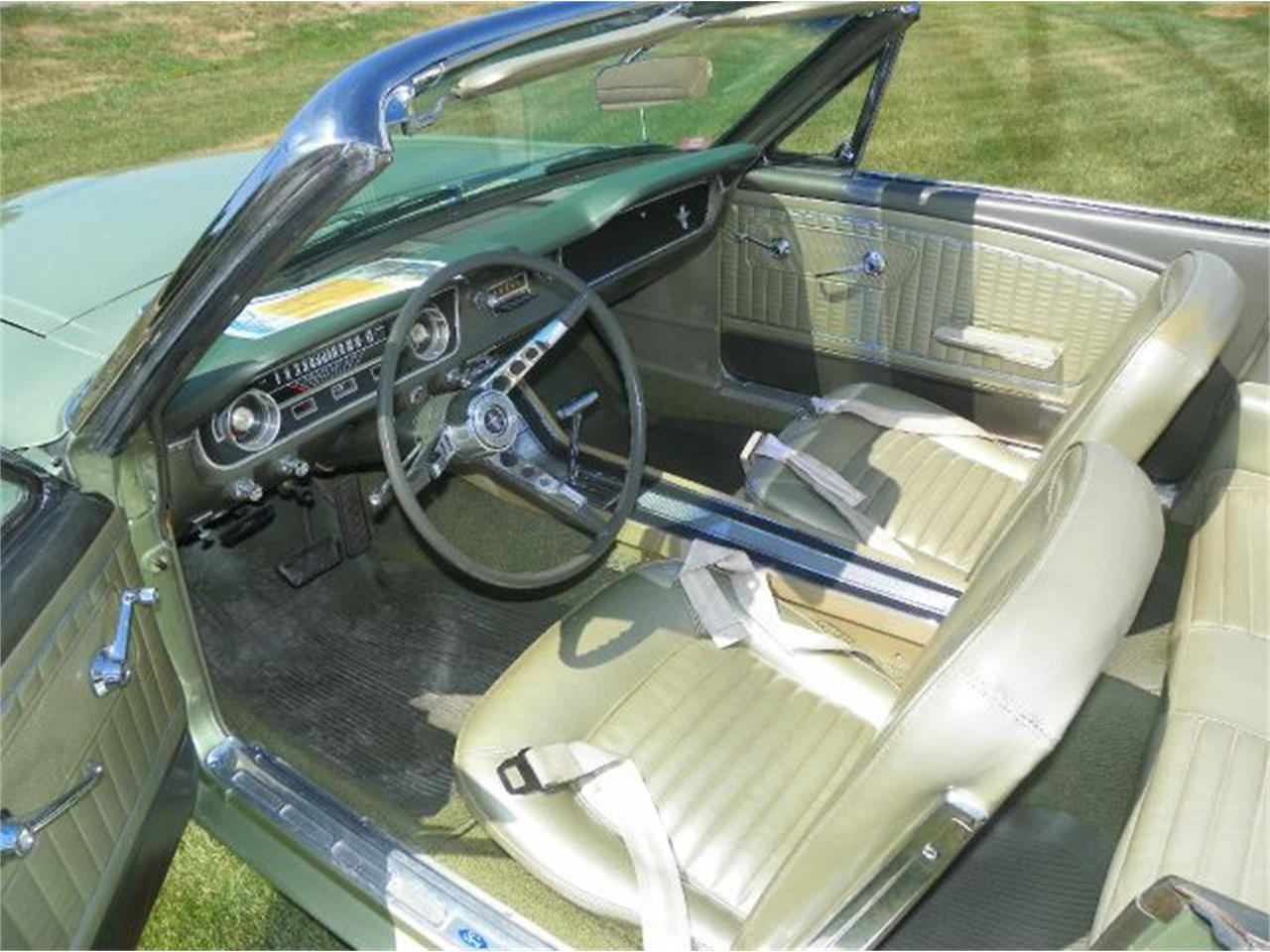 Large Picture of 1965 Ford Mustang - CN3B