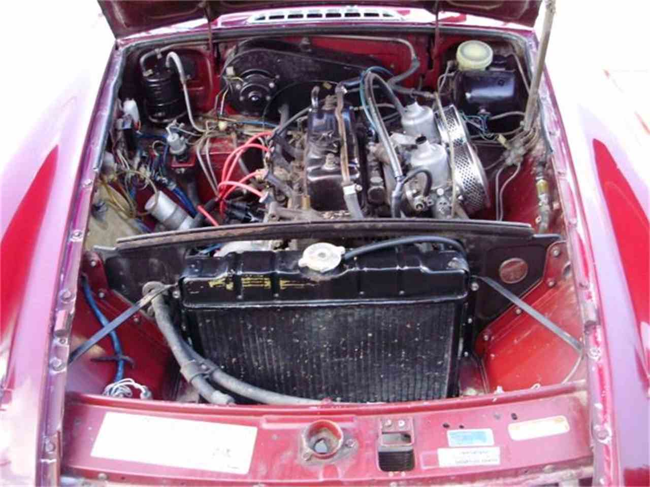 Large Picture of 1974 MG MGB located in Houston Texas - CNDB