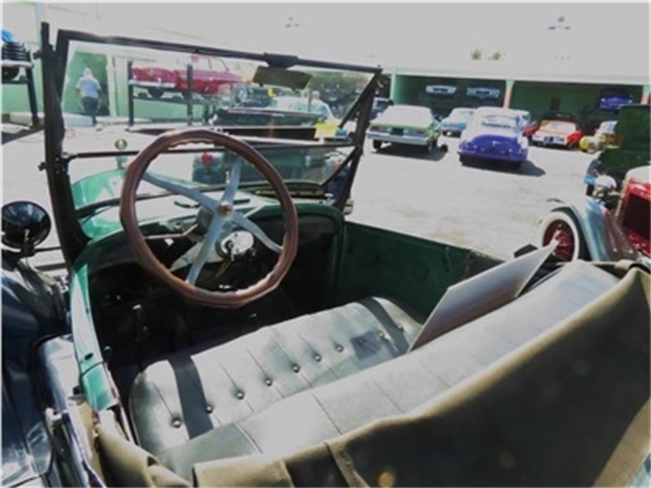 Large Picture of Classic 1927 Model T - COQA
