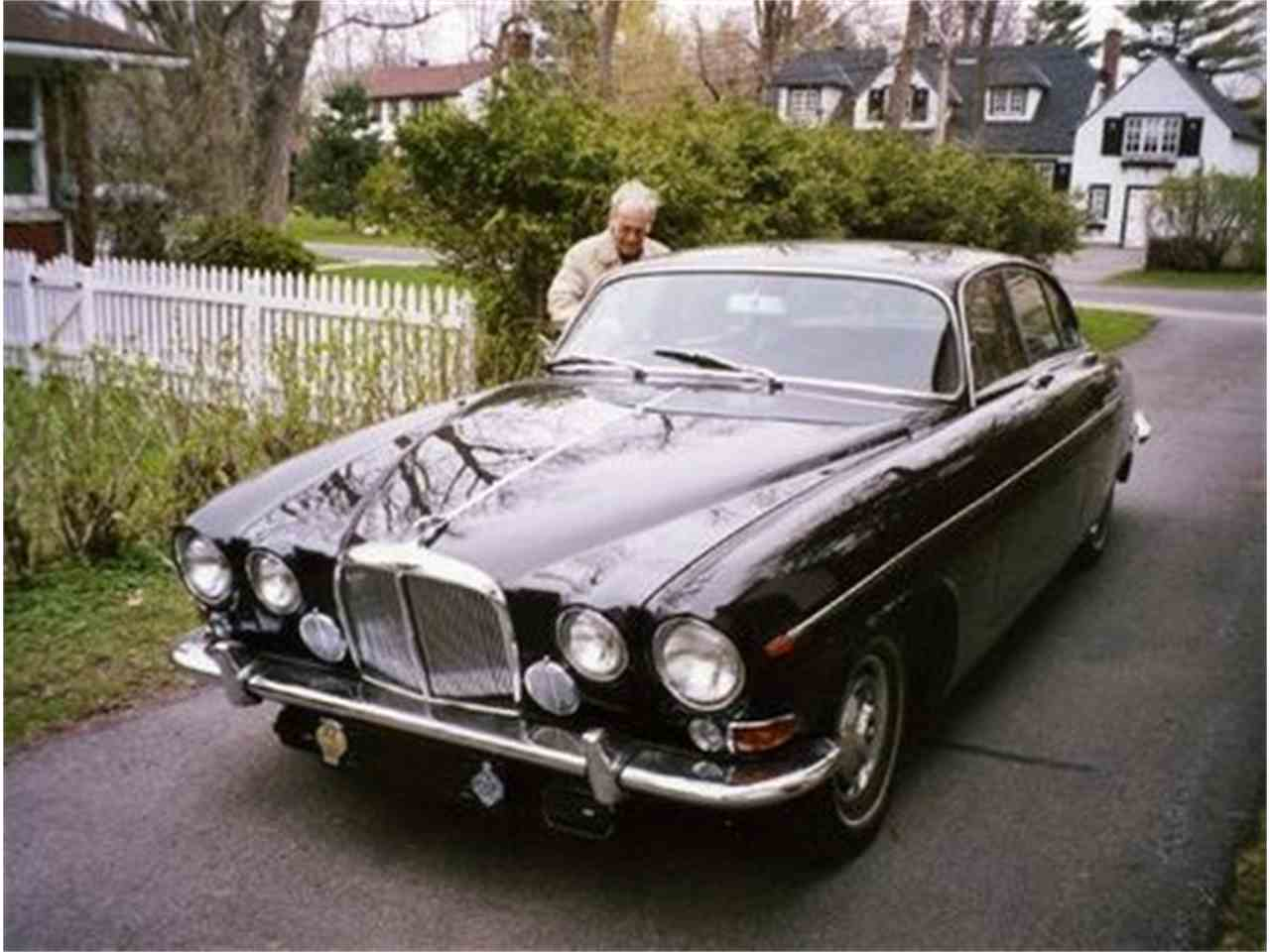 Large Picture of '66 Jaguar Mark X Offered by a Private Seller - CUE9