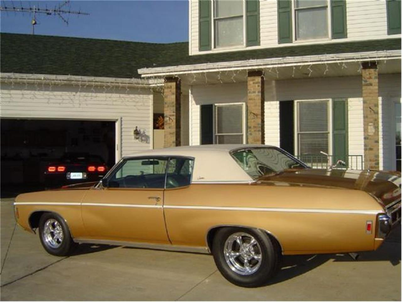 Large Picture of Classic '69 Caprice - $29,999.00 Offered by Braaten's Auto Center - 1DN4