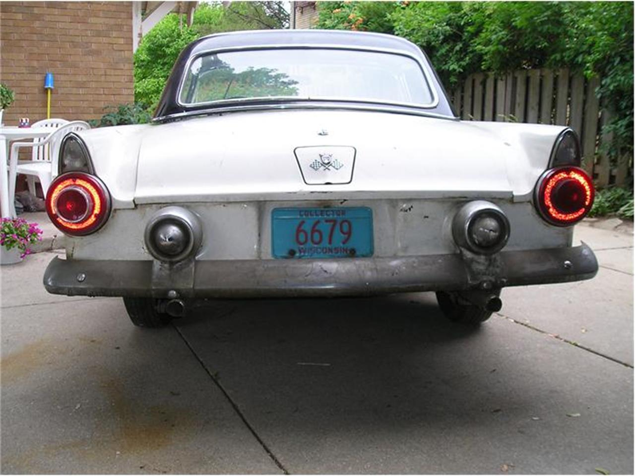 Large Picture of Classic 1955 Ford Thunderbird located in milwaukee Wisconsin - 1ENN