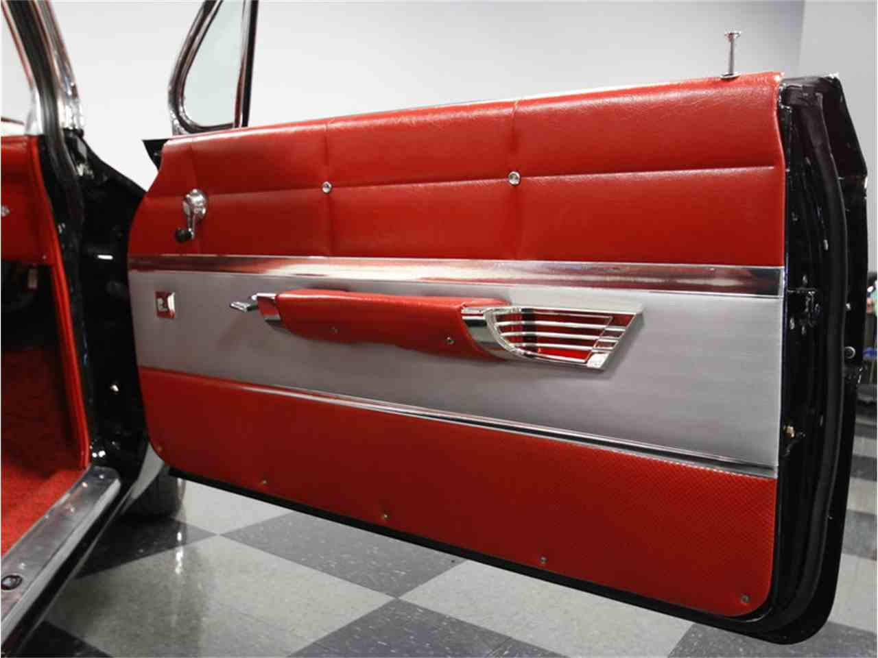 Large Picture of '61 Chevrolet Impala located in North Carolina Offered by Streetside Classics - Charlotte - CV5L
