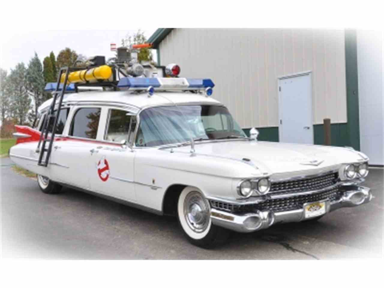 classic illinois mundelein fleetwood cadillac car near hearse sale cars american for