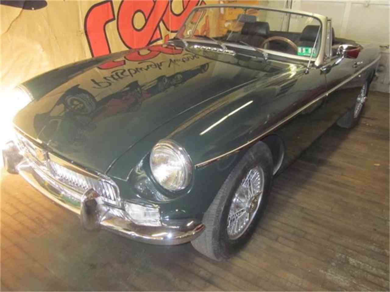 Large Picture of '78 MGB - CYQA