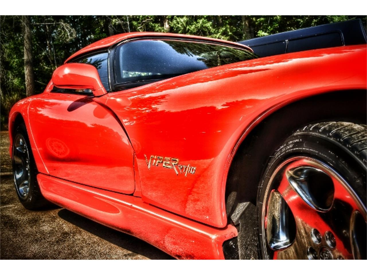 Large Picture of '01 Dodge Viper Offered by a Private Seller - CZ4T
