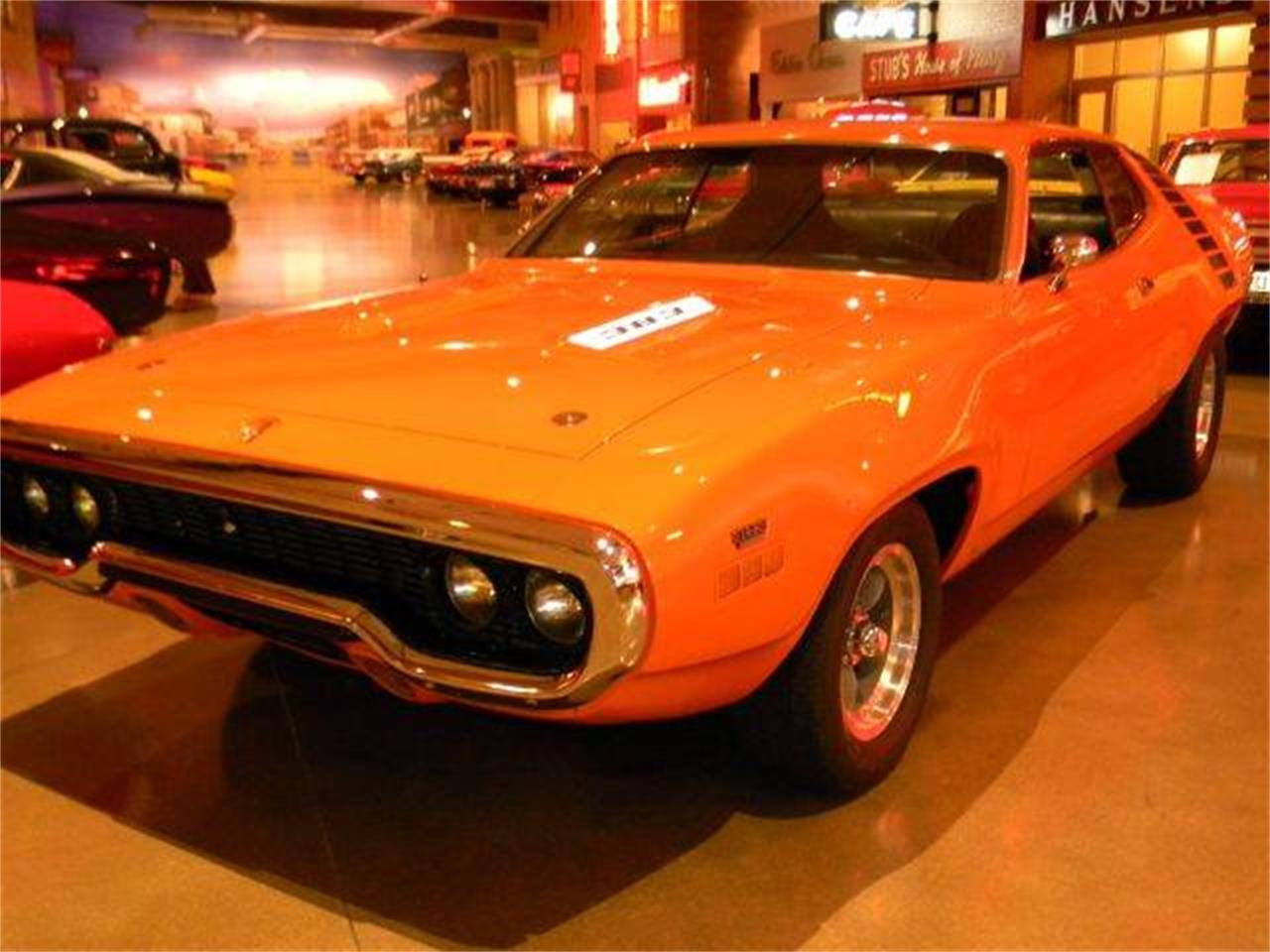 Large Picture of Classic 1971 Road Runner - D1PN