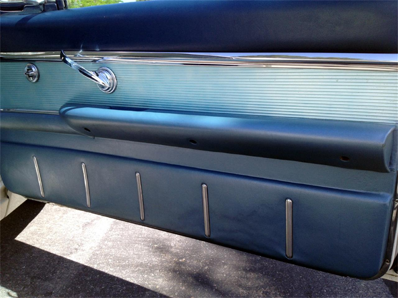 Large Picture of Classic 1962 Thunderbird Offered by a Private Seller - D4QT