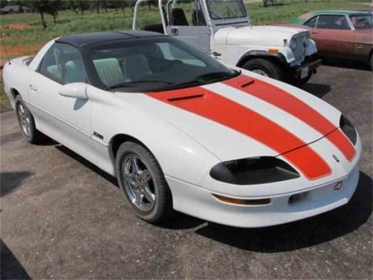 Large Picture of '97 Camaro - D7BV