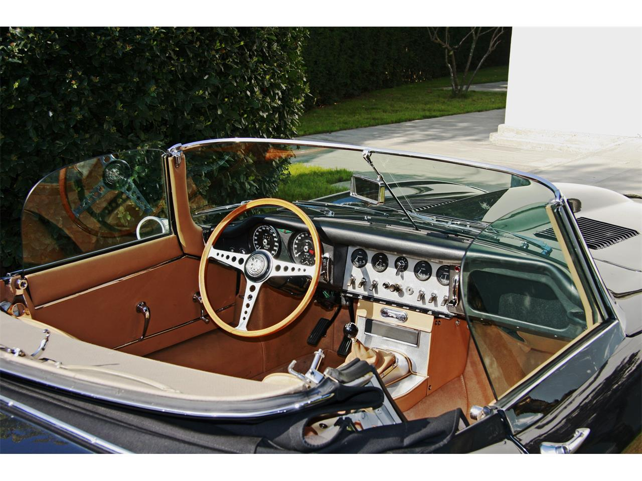 Large Picture of Classic 1963 E-Type located in Cadeo  Offered by a Private Seller - D7DC