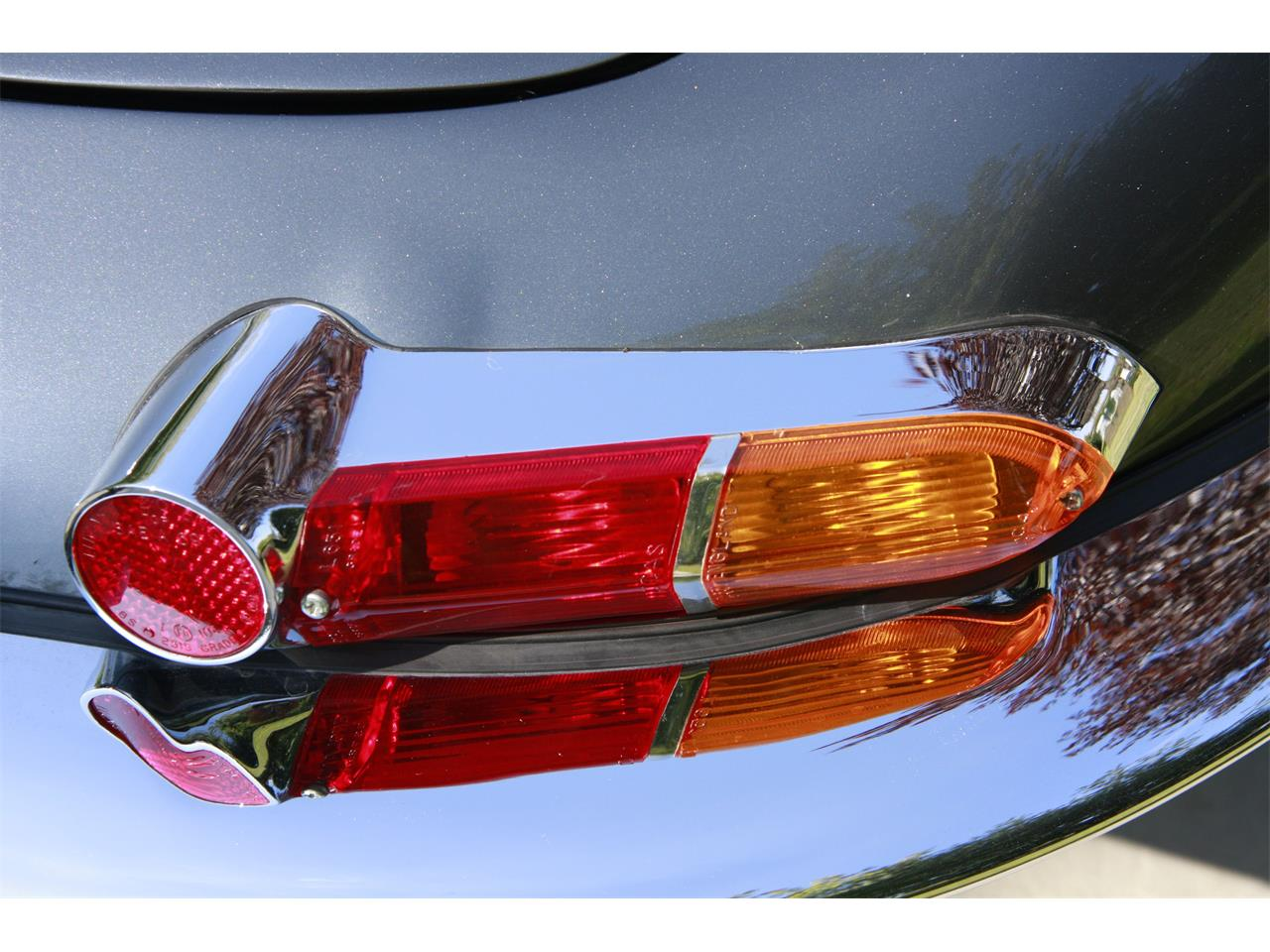 Large Picture of '63 Jaguar E-Type - $200,000.00 Offered by a Private Seller - D7DC
