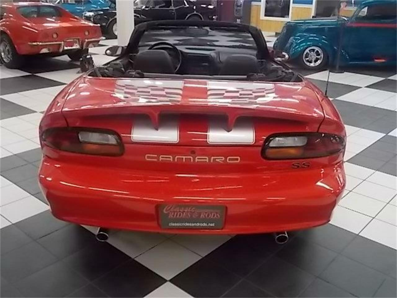 Large Picture of 2002 Chevrolet Camaro located in Annandale Minnesota - DC87