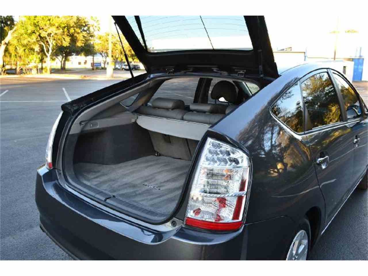 Large Picture of '08 Prius - DDCA