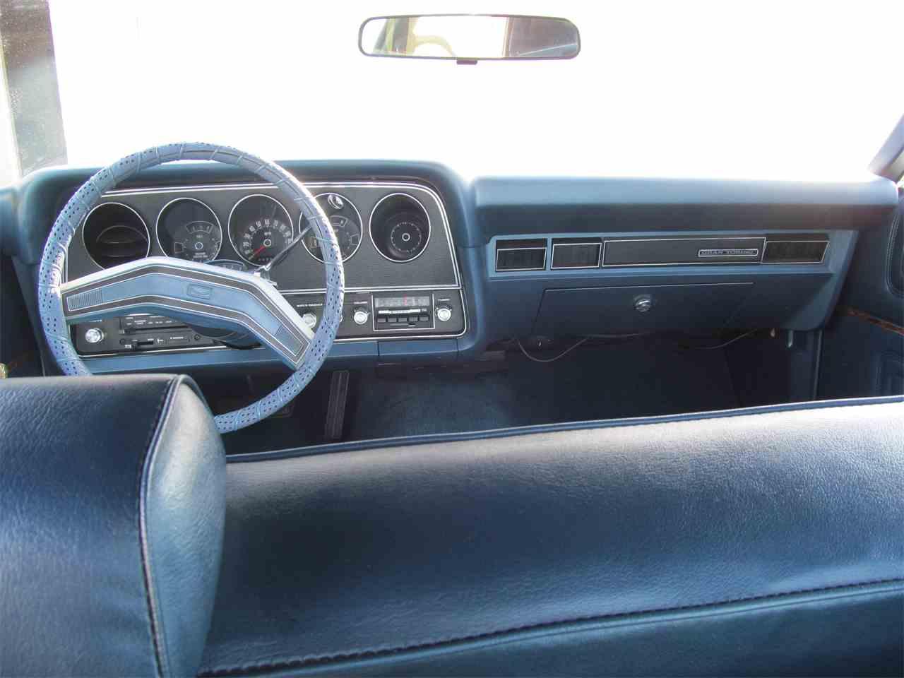 Large Picture of '76 Gran Torino - DDMU