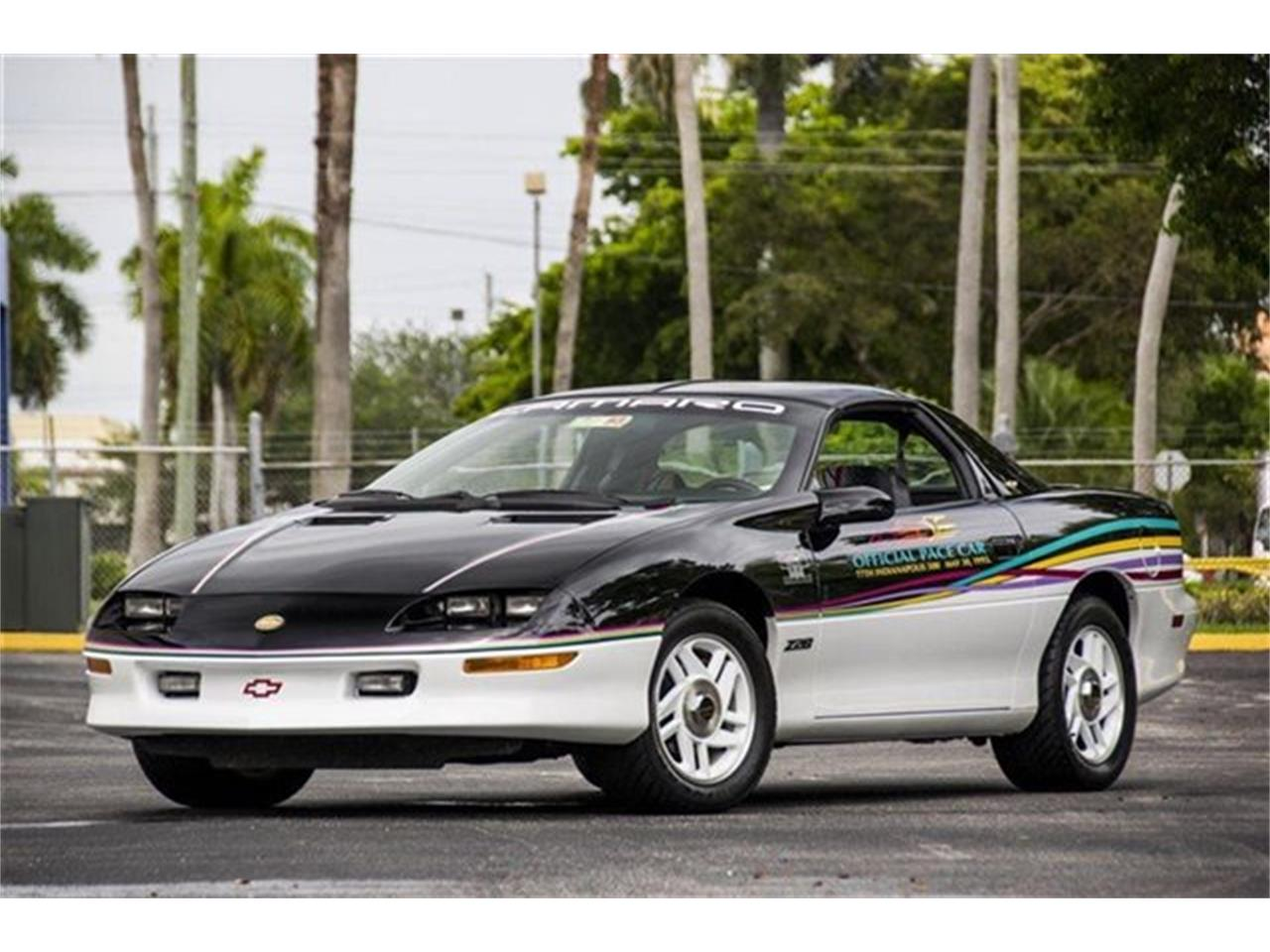 Large Picture of '93 Camaro - $28,900.00 - DHJE
